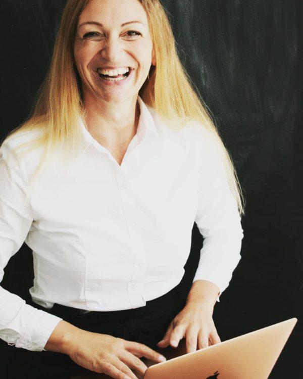 Janet Schaer, CEO von HERZERWÄRMER
